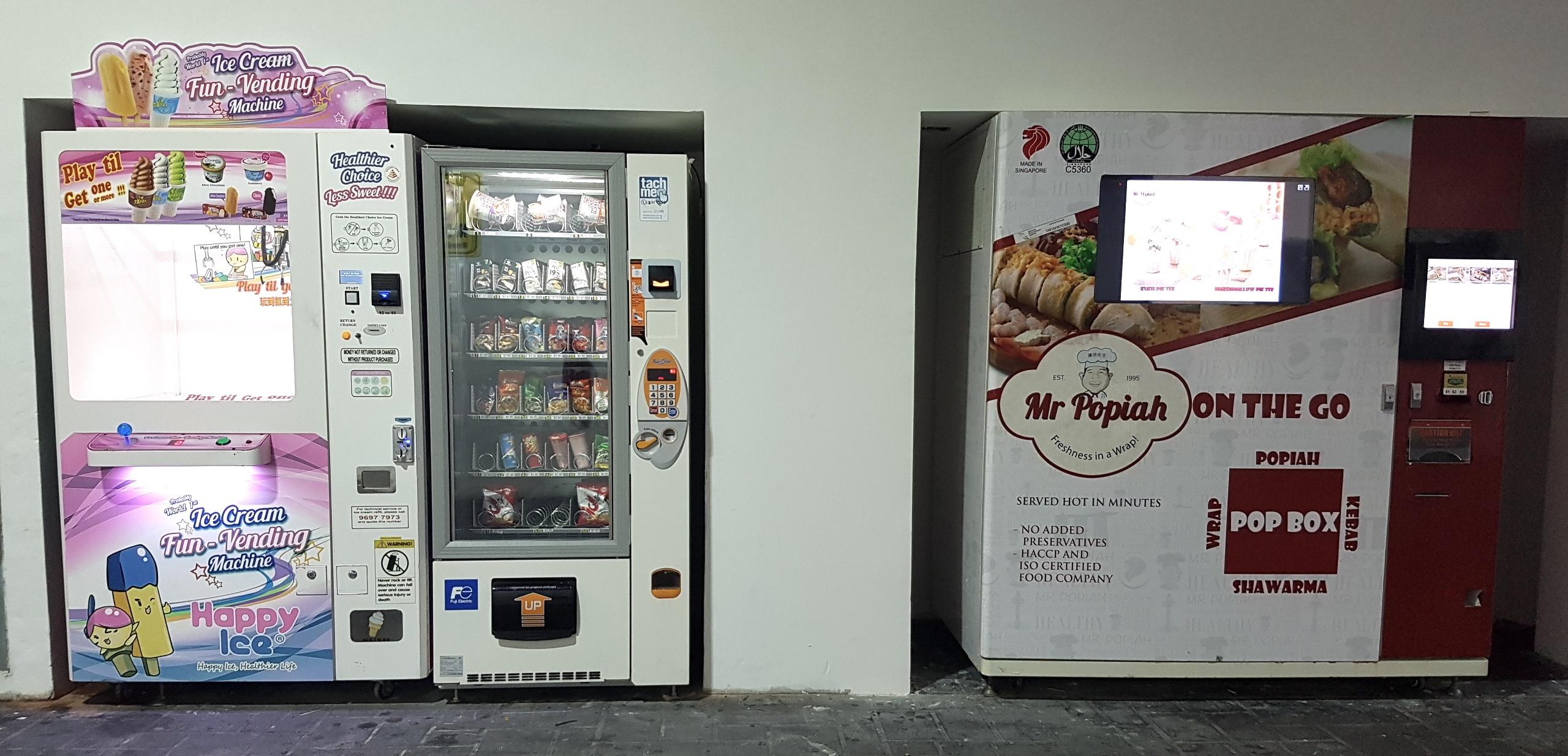 Ice cream machine & Mr Popiah machine