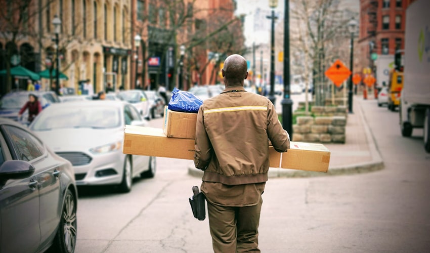 Person delivering parcels